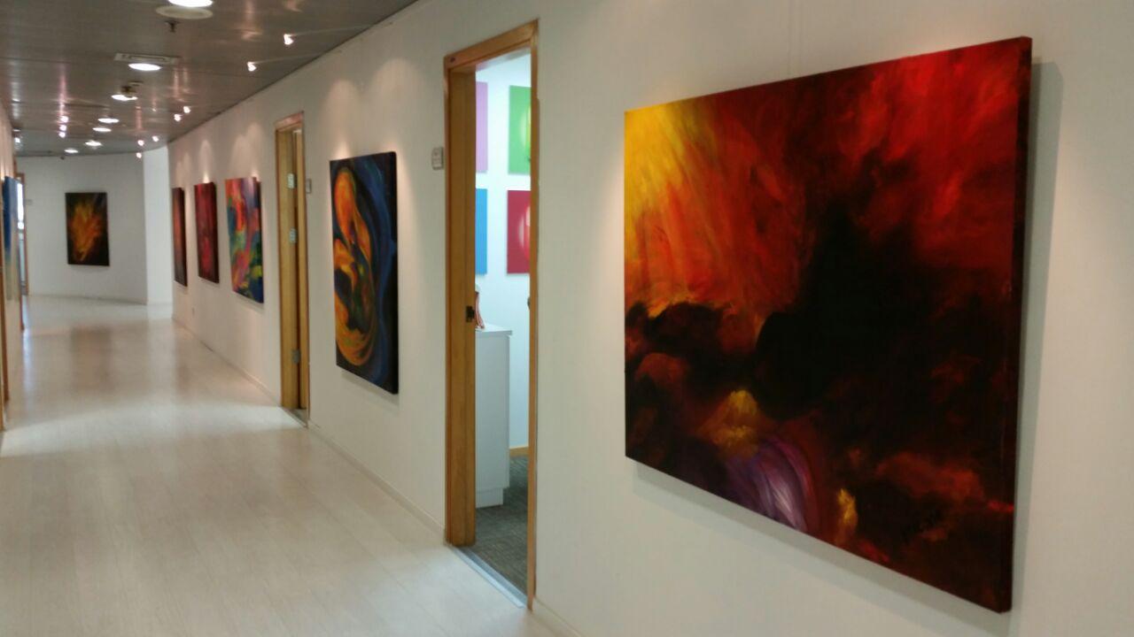 גלריית ציורים במשרדי חב' ZAP1
